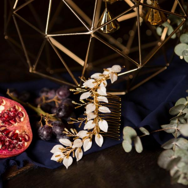 Rachel Sokhal Bridal Hair Comb Leaf Design